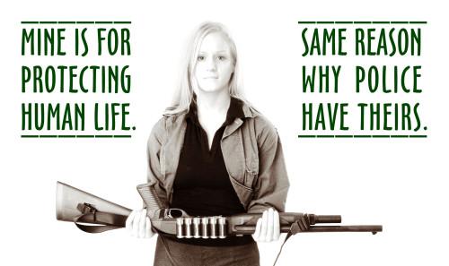 Police Sécurité: Campagne d'affichage pro-armes aux Etats-Unis