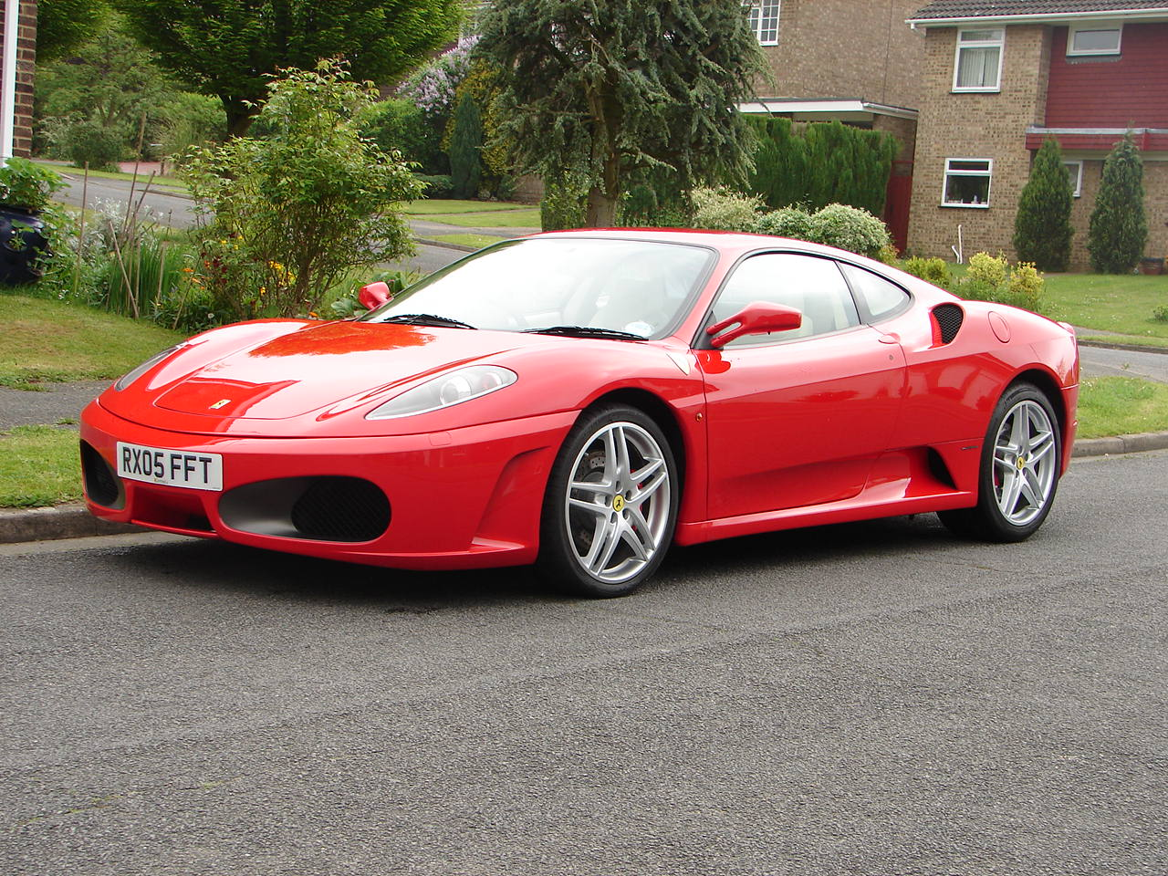 [09/05] Ferrari F430 B_1_q_0_p_0.jpg?u=http%3A%2F%2Fstatic.cargurus.com%2Fimages%2Fsite%2F2008%2F04%2F24%2F12%2F43%2F2005_ferrari_f430-pic-29336