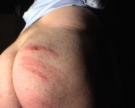 La Cane, outil efficace de flagellation corporelle BDSM
