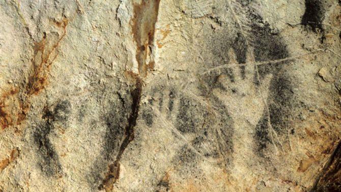 grotte COSQUER - mains négatives | Préhistoire, Histoire ...