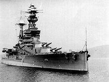 La HMS Pegasus (ex Ark Royal ), la nave appoggio ...
