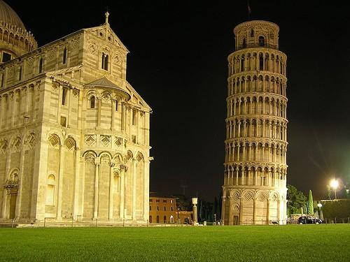 Torre di Pisa: apertura straordinaria by night! | Turista ...