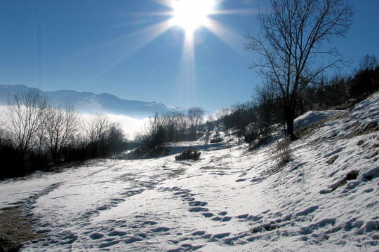 Eclat de lumière - Montagne sous la neige - L'Internaute ...