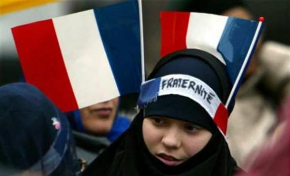Chevènement, Cazeneuve et Fondation pour l'islam de France