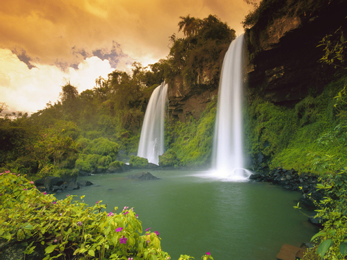 Two-Sisters-Waterfalls-Iguazu-Falls-National-Park-Brazil ...