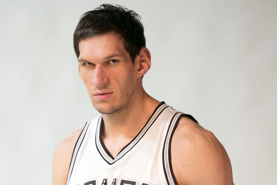 The Spurs' Boban Marjanovic makes a giant first impression ...