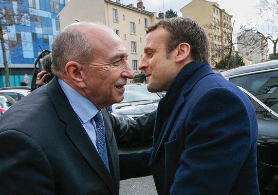 """Collomb, soutien de Macron, restera """"toujours socialiste ..."""