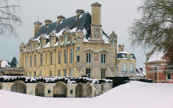 Château d'Anet, Dreux, France - Built by Philibert de l ...