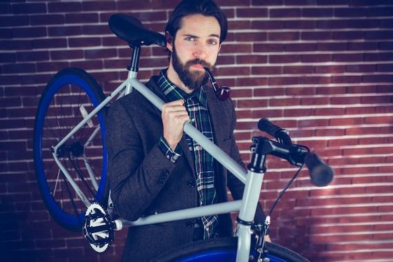 Présentation de Brother Hamster  Portrait-homme-confiant-chic-pipe-velo_13339-300762.jpg?u=https%3A%2F%2Fimage.freepik.com%2Fphotos-gratuite%2Fportrait-homme-confiant-chic-pipe-velo_13339-300762