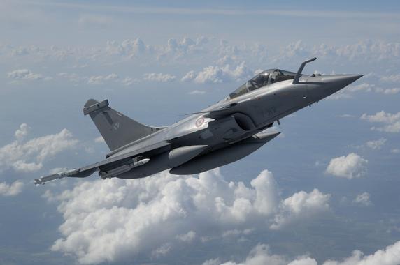 Le Rafale pour le remplacement des F-16 de la Composante ...