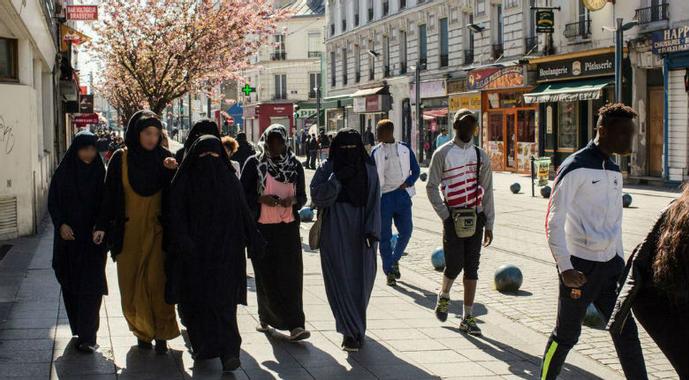 À Saint-Denis, l'islamisation est en marche. La ville se ...