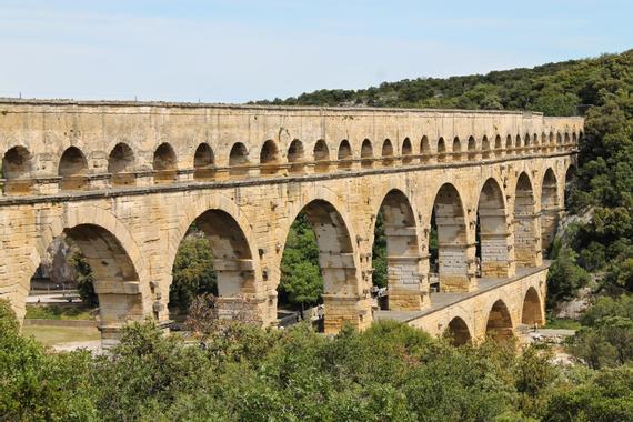 ballades-page3873: le sentier de l'aqueduc du Pont du Gard