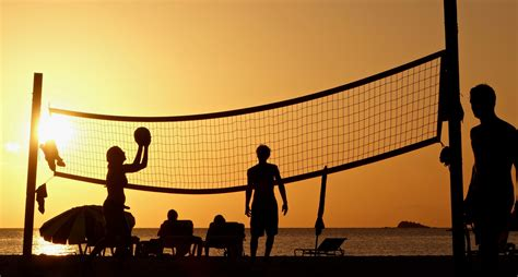 Silhouette Photography Of People Playing Beach Volleyball ...