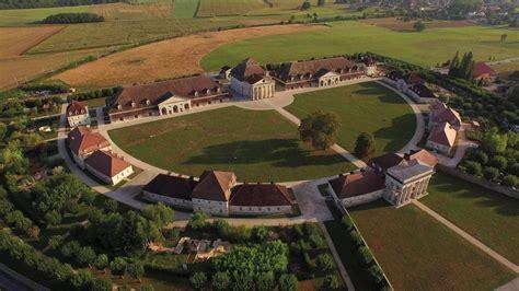 Réserver, visiter la Saline Royale d'Arc-et-Senans, dans ...